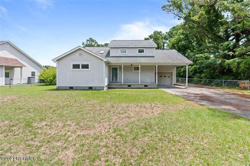 Photo of 115 Owens Drive, Sneads Ferry, NC 28460 (MLS # 100276433)