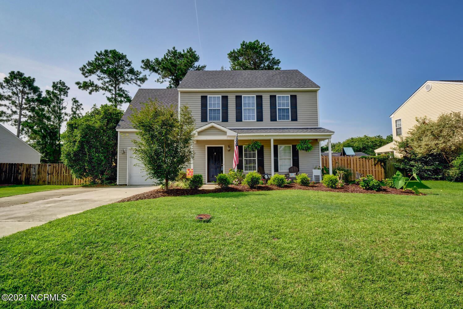 Photo for 10023 Winding Branches Drive SE, Belville, NC 28451 (MLS # 100284441)