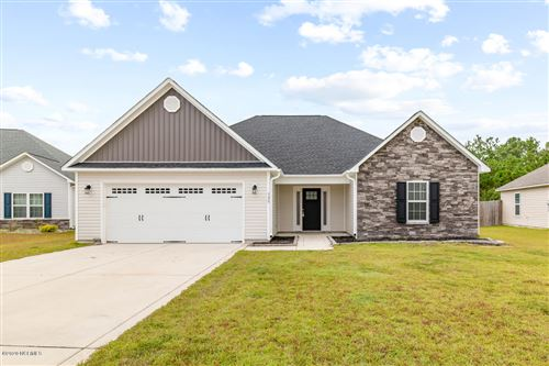 Photo of 320 Old Snap Dragon Court, Jacksonville, NC 28546 (MLS # 100237447)