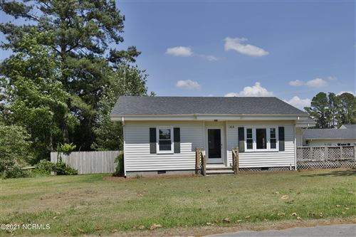 Photo of 312 N Walnut Street, Rose Hill, NC 28458 (MLS # 100276448)