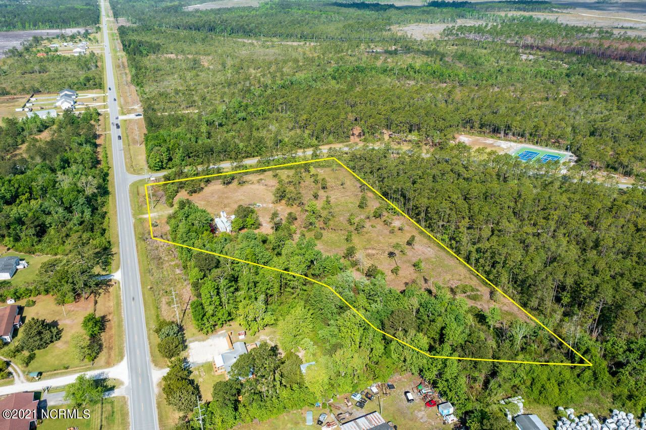 Photo for 1777 Nc-172, Sneads Ferry, NC 28460 (MLS # 100269450)