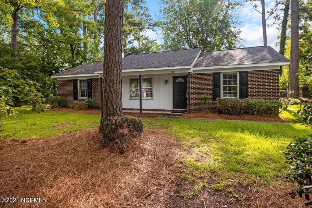 Photo for 4521 Dullage Drive, Wilmington, NC 28405 (MLS # 100283452)