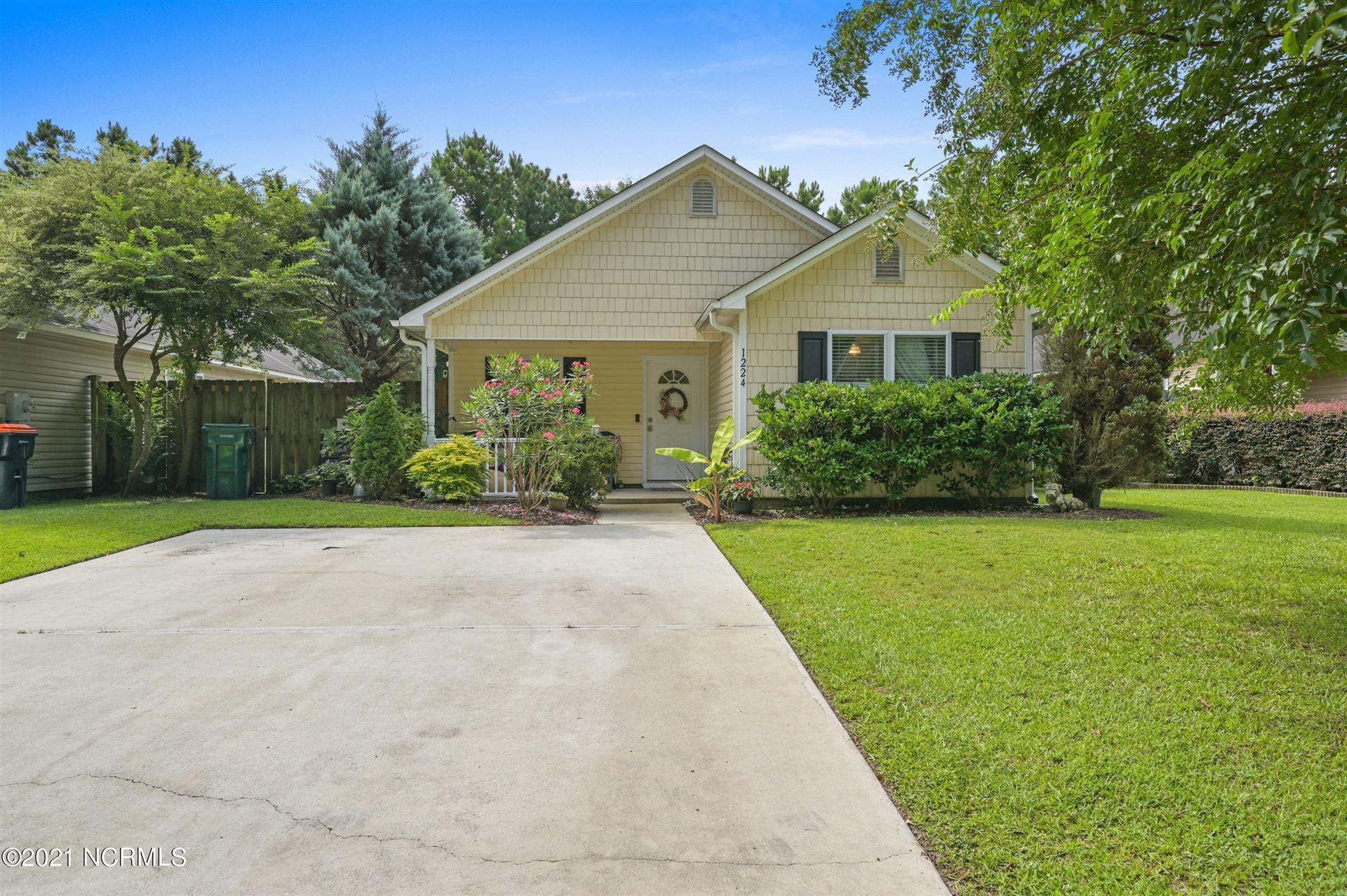 Photo for 1224 Beamon Lane, Wilmington, NC 28412 (MLS # 100283453)