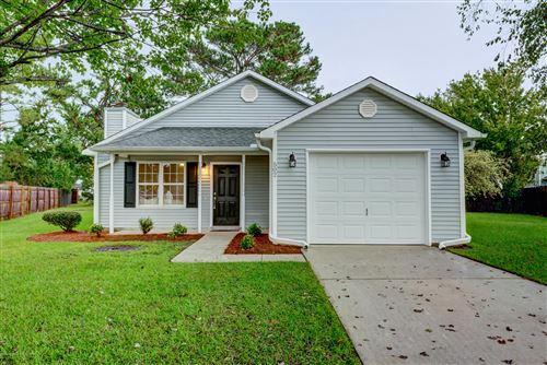 Photo of 502 Shetland Place, Jacksonville, NC 28546 (MLS # 100236456)
