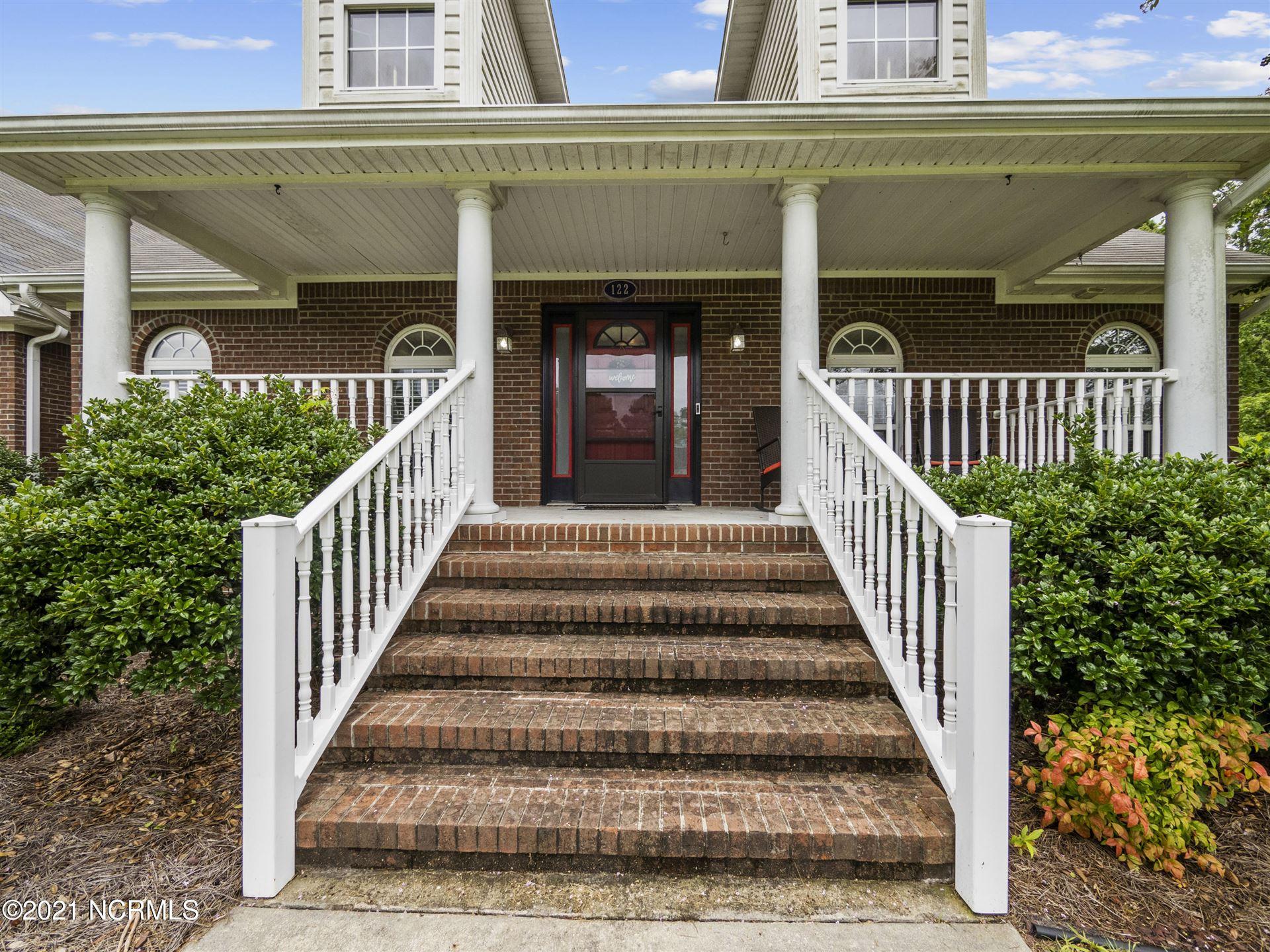 Photo of 122 E Ivybridge Drive, Hubert, NC 28539 (MLS # 100282457)