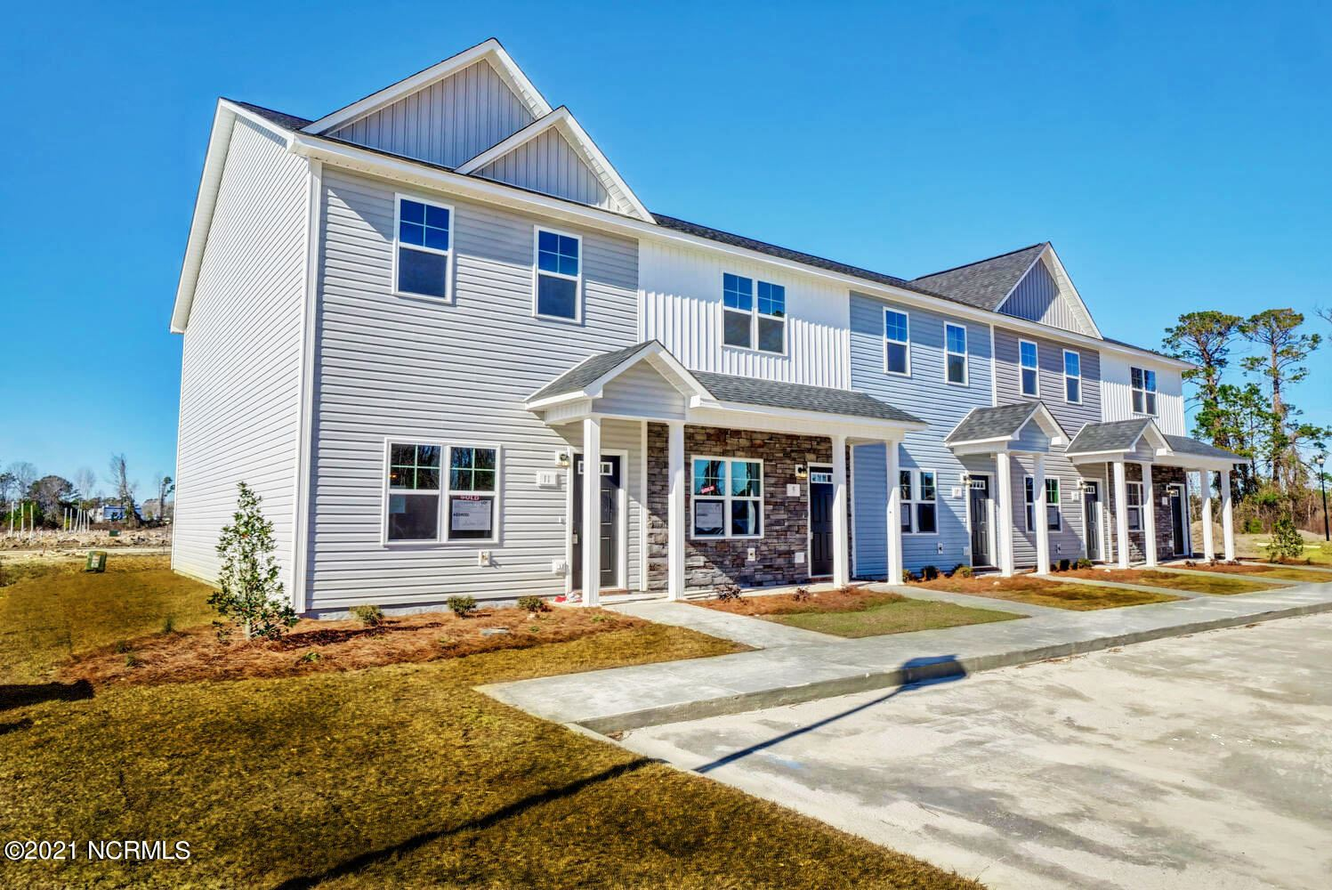 Photo of 57 Outrigger Drive, Swansboro, NC 28584 (MLS # 100252460)