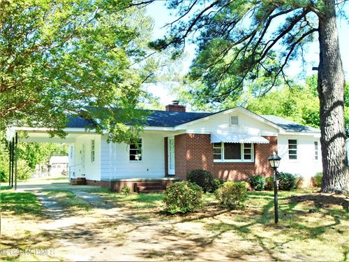 Photo of 920 Hillcrest Street, Rocky Mount, NC 27804 (MLS # 100271462)