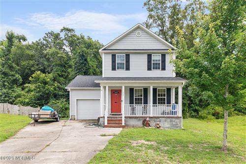 Photo of 112 Worvin Lane, Richlands, NC 28574 (MLS # 100282462)