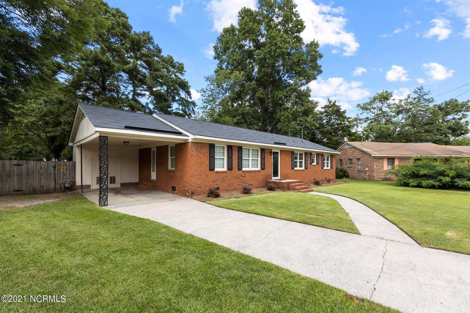 Photo of 105 Templeton Drive, Greenville, NC 27858 (MLS # 100291462)