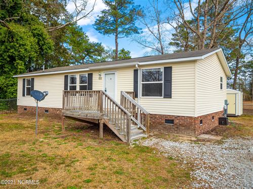 Photo of 505 Greenwood Road, Richlands, NC 28574 (MLS # 100257466)