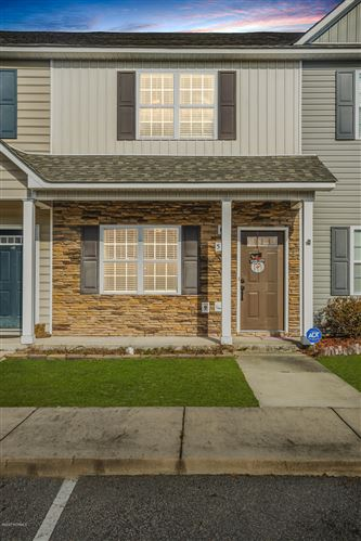 Photo of 527 Oyster Rock Lane, Sneads Ferry, NC 28460 (MLS # 100198468)