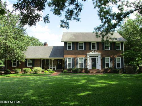 Photo of 1806 Anita Drive, Laurinburg, NC 28352 (MLS # 100276469)
