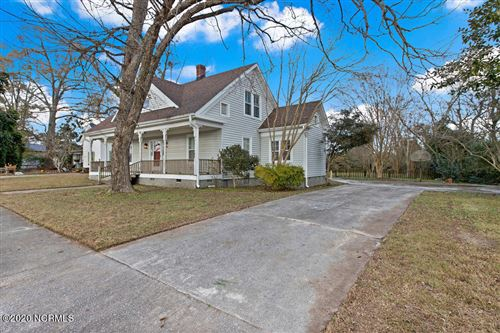 Photo of 102 W Foy Street, Richlands, NC 28574 (MLS # 100250470)
