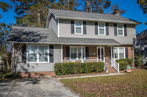 Photo of 2722 Northwoods Drive, Jacksonville, NC 28540 (MLS # 100253470)