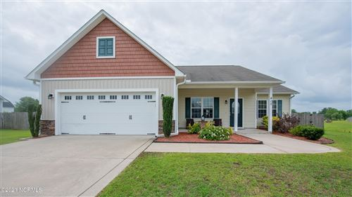 Photo of 415 Fawn Meadow Drive, Richlands, NC 28574 (MLS # 100276470)