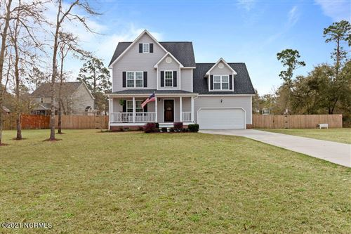 Photo of 212 Shellbank Drive, Sneads Ferry, NC 28460 (MLS # 100262475)