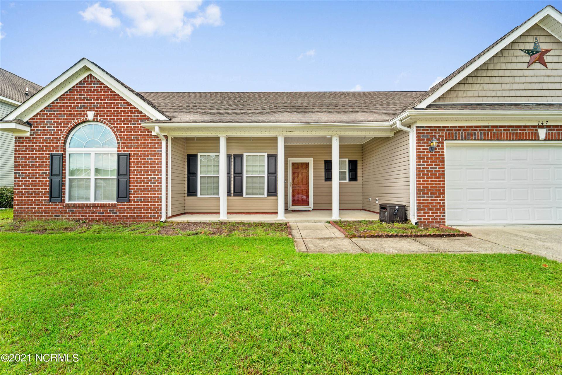 Photo of 147 Moonstone Court, Jacksonville, NC 28546 (MLS # 100293475)