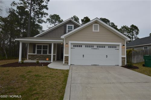 Photo of 117 Oyster Landing Drive, Sneads Ferry, NC 28460 (MLS # 100269476)