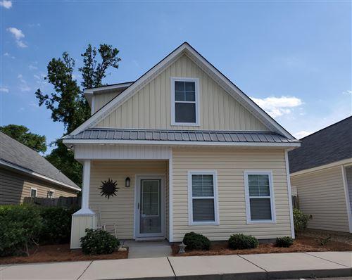 Photo of 854 Kiawah Lane, Wilmington, NC 28412 (MLS # 100270476)