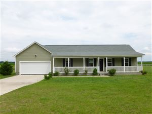Photo of 818 Five Mile Road, Richlands, NC 28574 (MLS # 100193480)