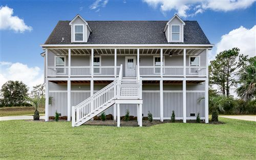 Photo of 8404 Lakeview Drive, Wilmington, NC 28412 (MLS # 100192482)