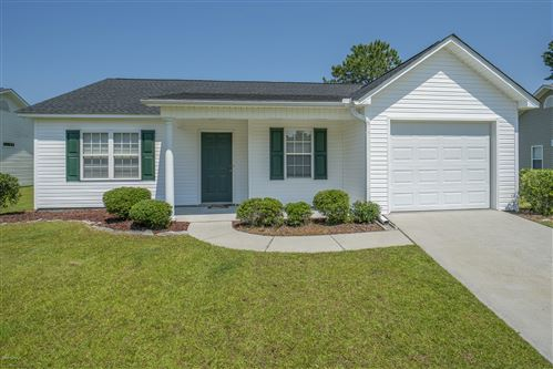 Photo of 117 Fairmount Way, New Bern, NC 28562 (MLS # 100223483)