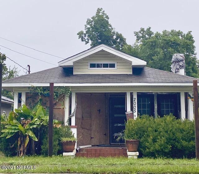 Photo of 2005 Castle Street, Wilmington, NC 28403 (MLS # 100286488)