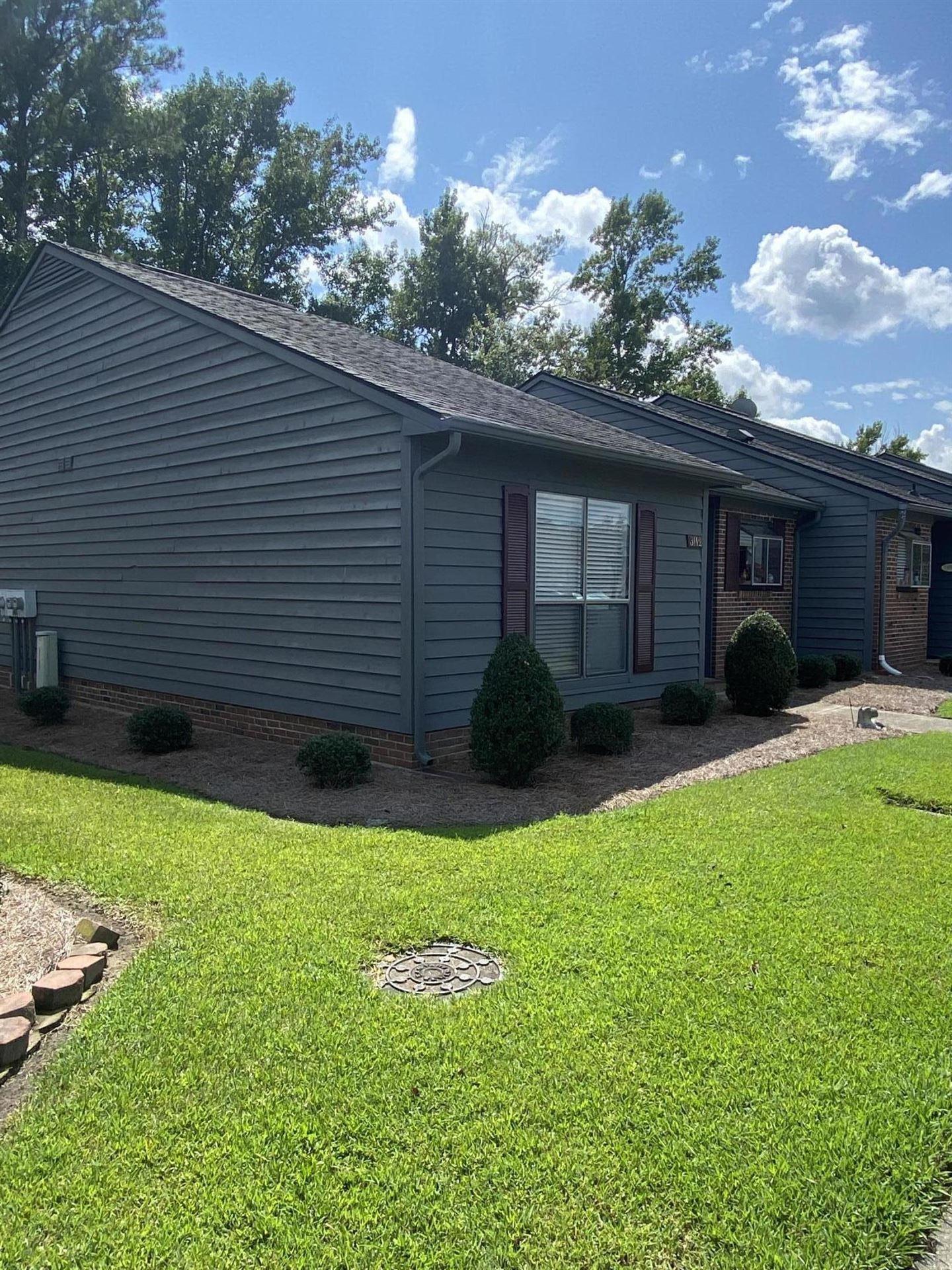 Photo of 3112 Fox Run Drive, Kinston, NC 28504 (MLS # 100287488)