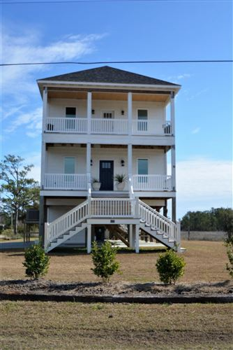 Photo of 177 Crow Hill Road, Beaufort, NC 28516 (MLS # 100201490)