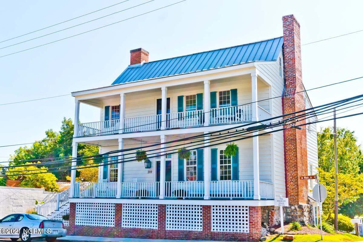 Photo of 209 W Main Street, Swansboro, NC 28584 (MLS # 100289491)