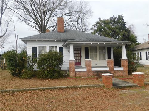 Photo of 421 James Street, Laurinburg, NC 28352 (MLS # 100201492)