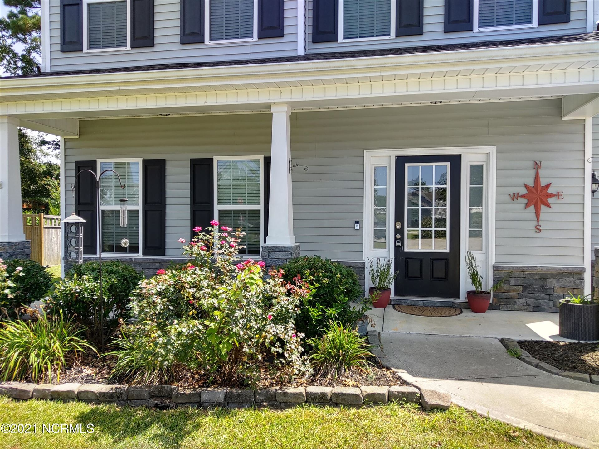 Photo of 303 Squire Court, Maple Hill, NC 28454 (MLS # 100288496)