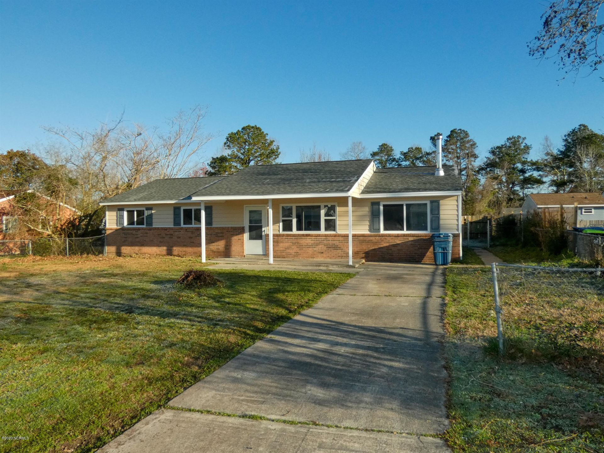 420 Holly Drive, Jacksonville, NC 28540 - #: 100207498