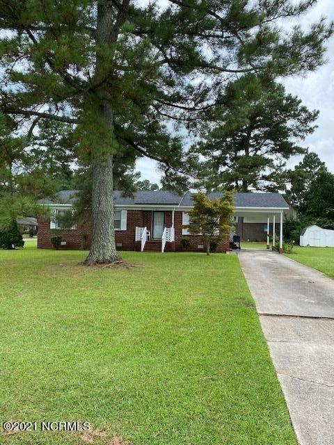Photo of 4567 W Church Street, Farmville, NC 27828 (MLS # 100283498)