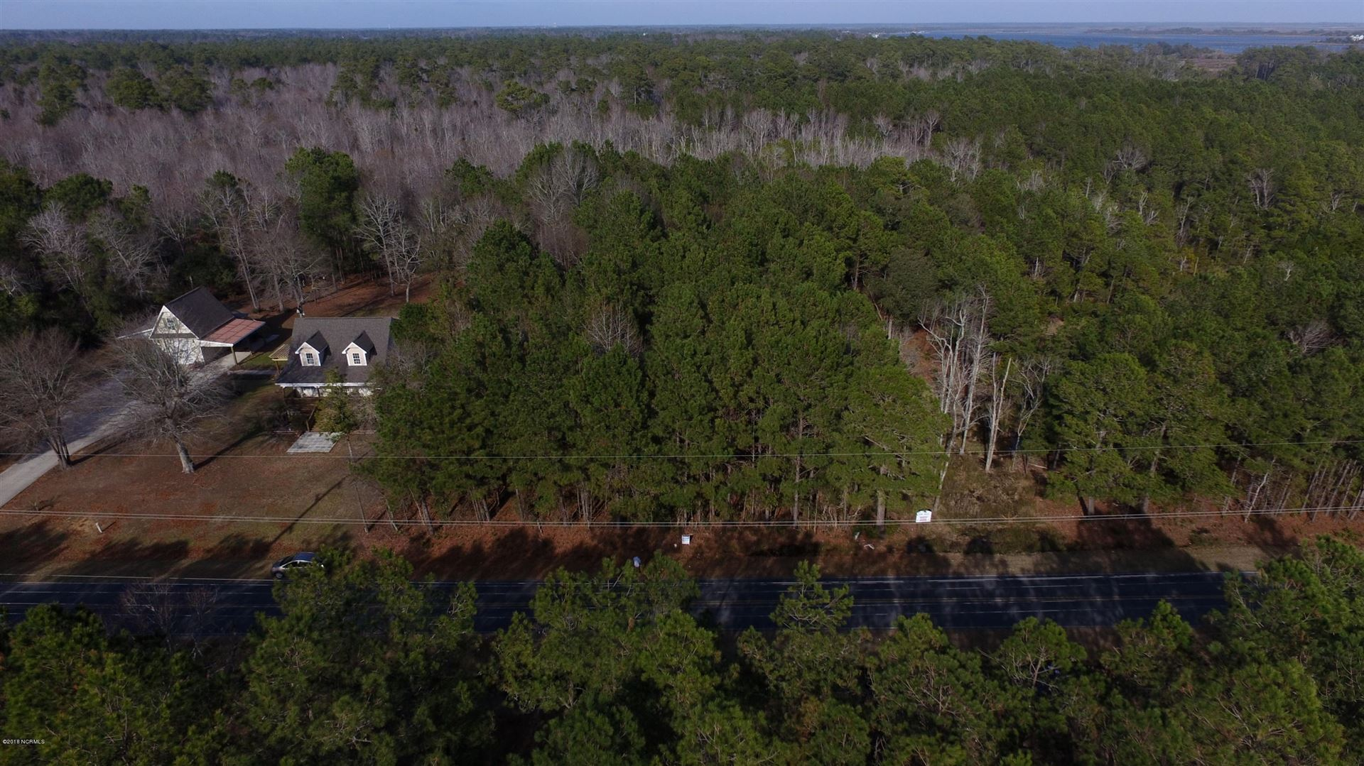 Photo of 433 Chadwick Acres Road, Sneads Ferry, NC 28460 (MLS # 100232503)