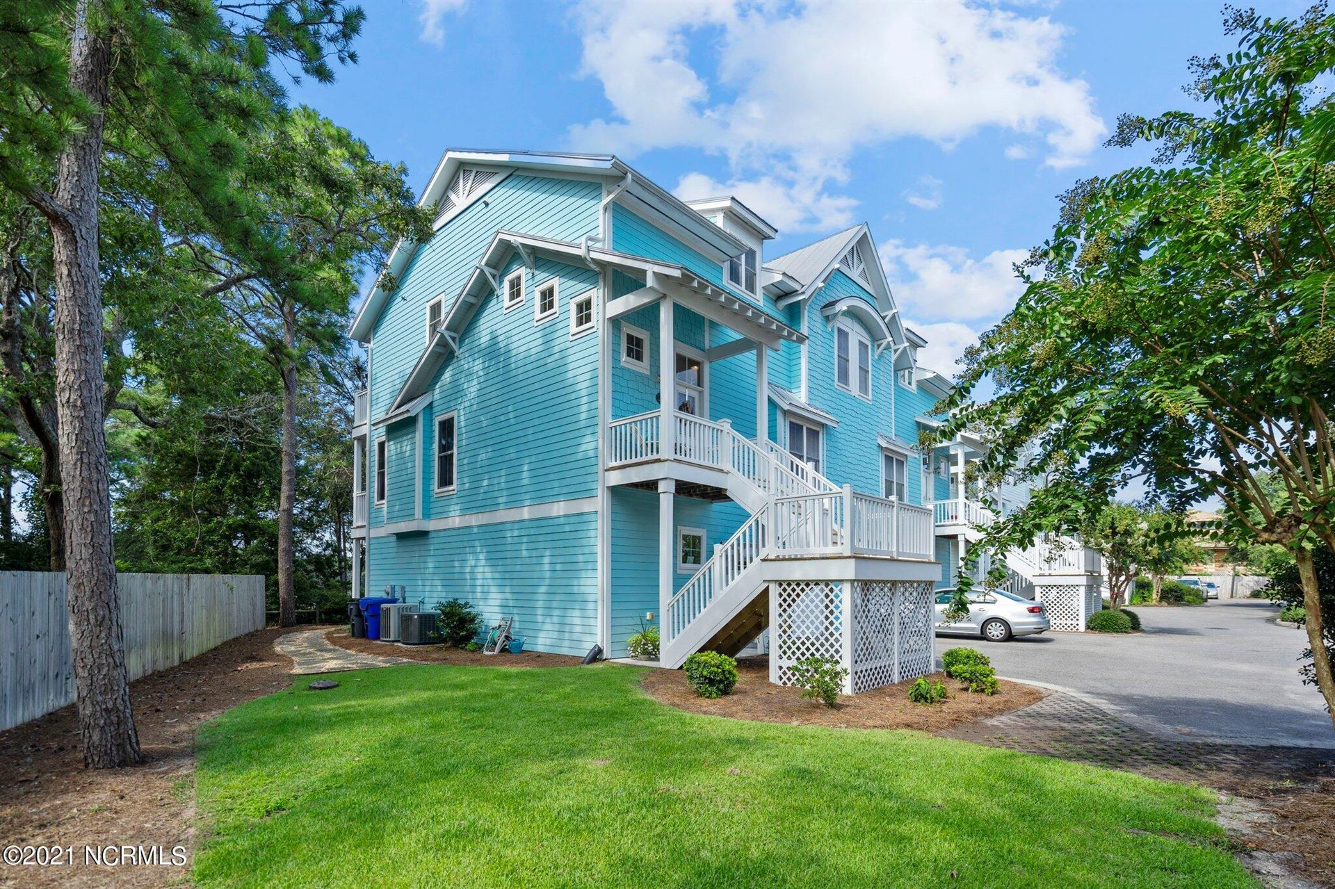Photo for 518 Spencer Farlow Drive #3, Carolina Beach, NC 28428 (MLS # 100285505)