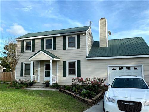 Photo of 108 Avon Drive, Hubert, NC 28539 (MLS # 100236512)