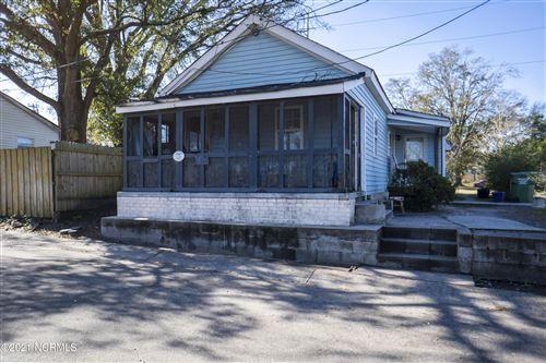 Photo of 118 Gores Row, Wilmington, NC 28401 (MLS # 100252513)