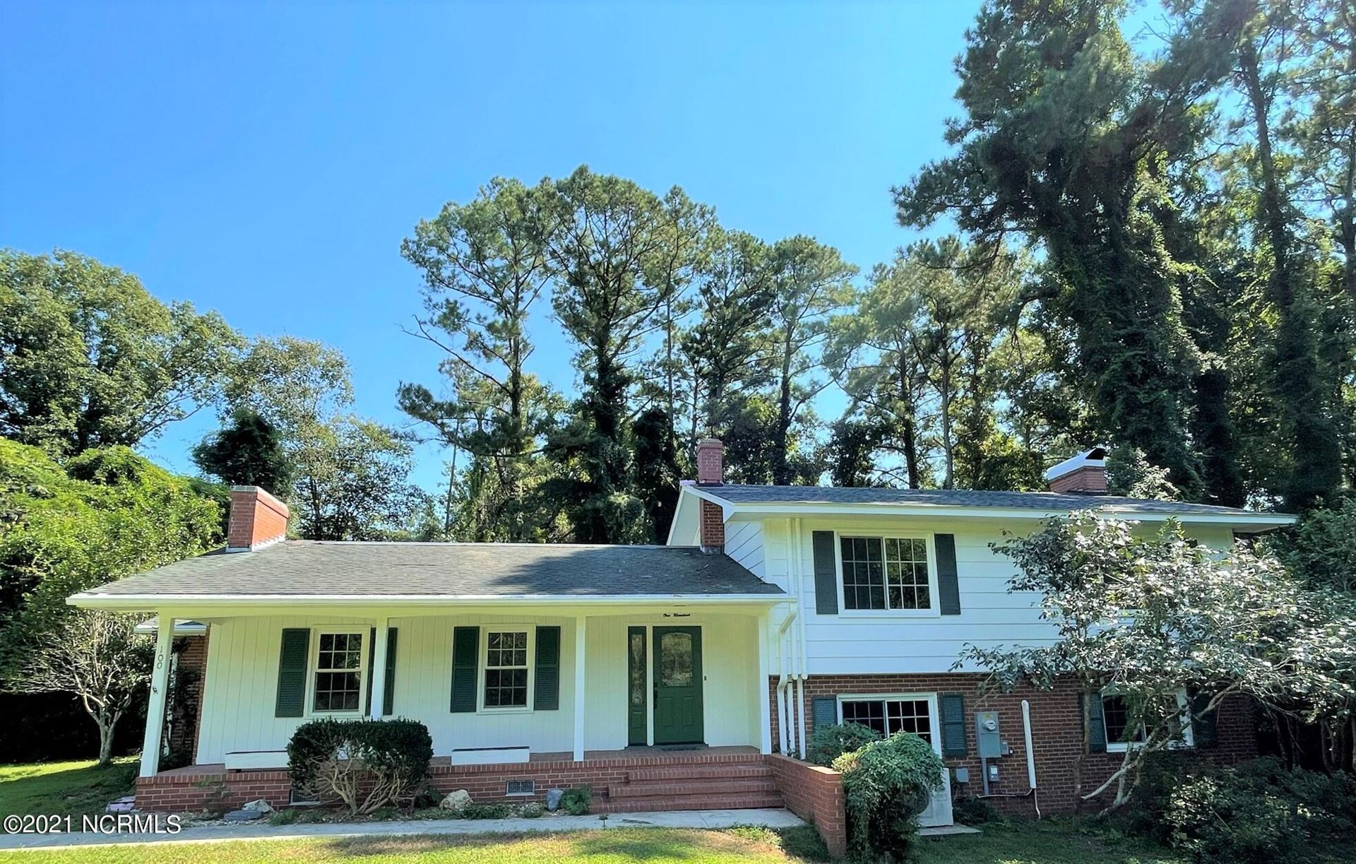 Photo of 100 Marian Place, Jacksonville, NC 28546 (MLS # 100290513)