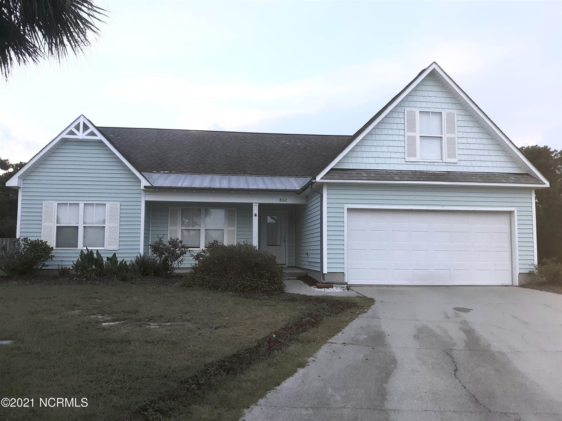 Photo for 8102 St Barts Court, Wilmington, NC 28412 (MLS # 100286514)