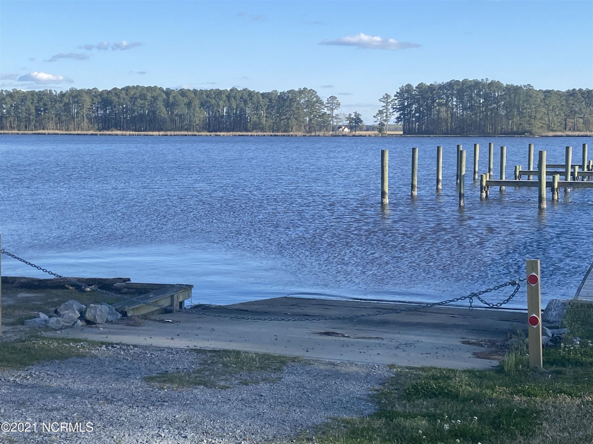 Photo of 34 Winfield Lane, Pinetown, NC 27865 (MLS # 100264515)
