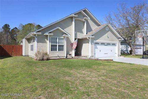 Photo of 430 Boysenberry Lane, Hubert, NC 28539 (MLS # 100276519)