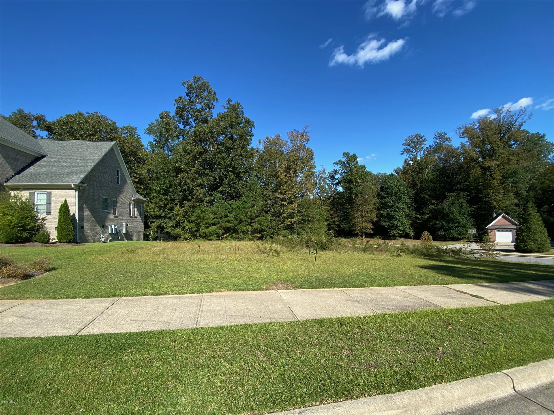 Photo of 125 Golf View Drive, Greenville, NC 27834 (MLS # 100239520)