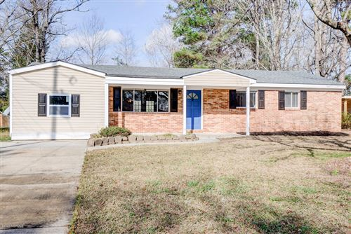 Photo of 108 Ramsey Drive, Jacksonville, NC 28540 (MLS # 100198522)