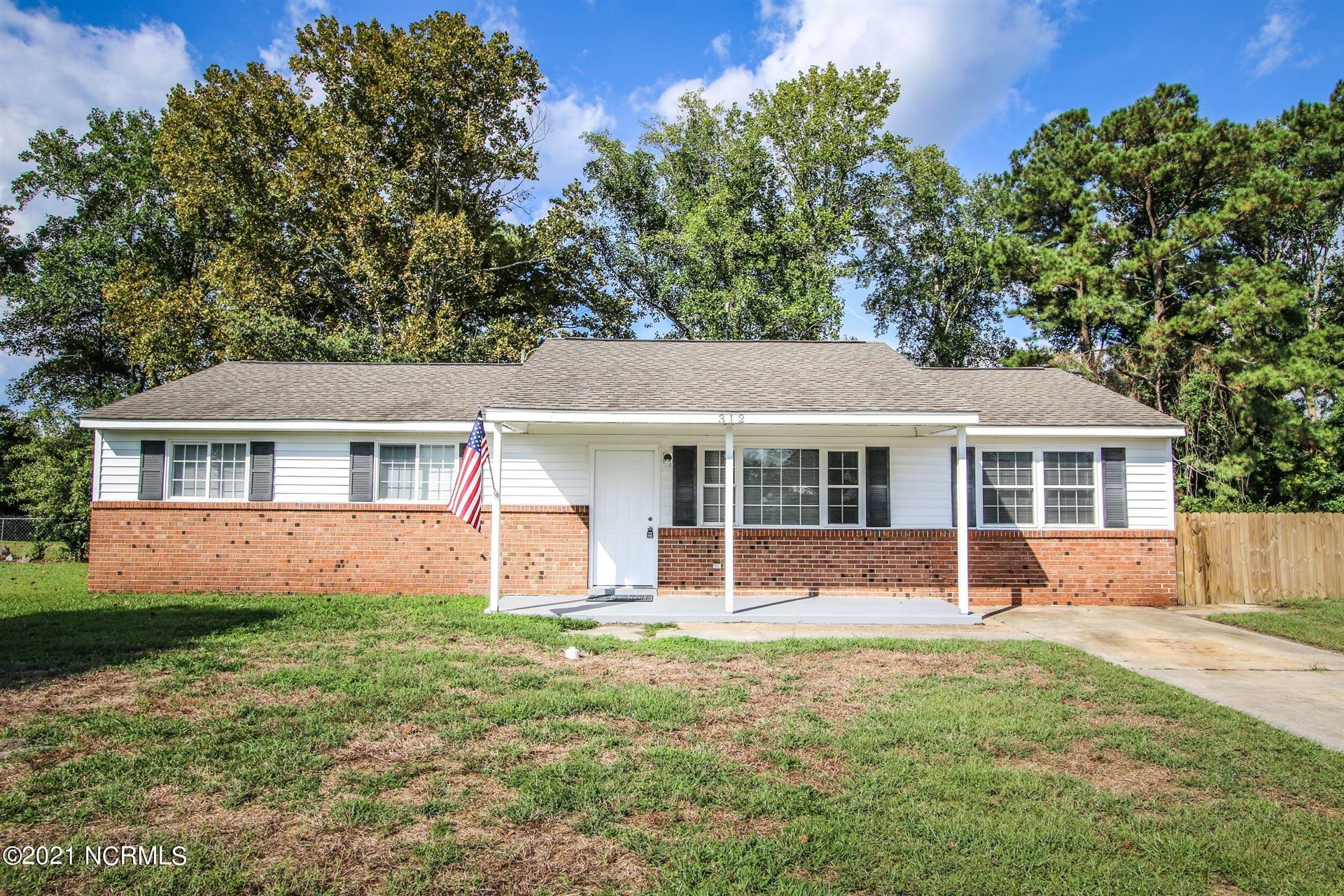 Photo of 312 Dale Drive, Jacksonville, NC 28540 (MLS # 100295522)