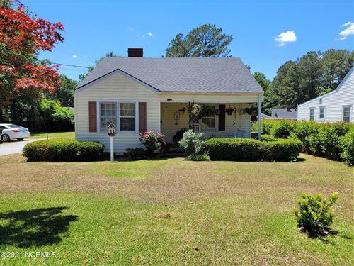 Photo of 1600 N Herritage Street, Kinston, NC 28501 (MLS # 100271536)