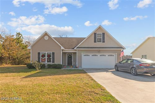 Photo of 209 Luther Banks, Richlands, NC 28574 (MLS # 100270537)