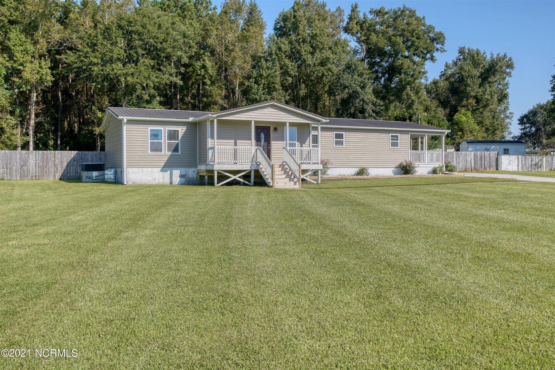 Photo of 104 Woodcroft Lane, Rocky Point, NC 28457 (MLS # 100292540)