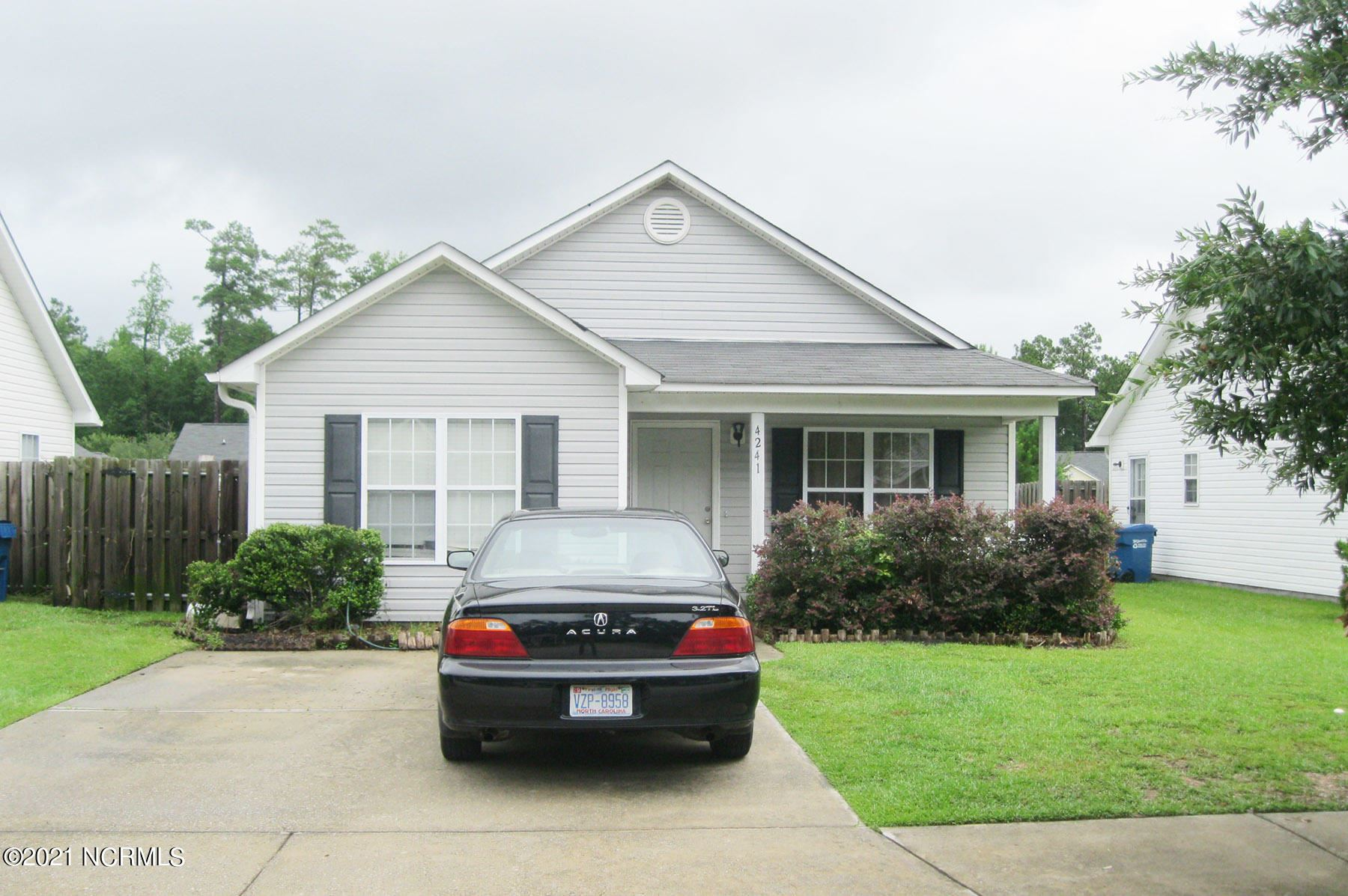 Photo for 4241 Sunglow Drive, Wilmington, NC 28405 (MLS # 100285542)