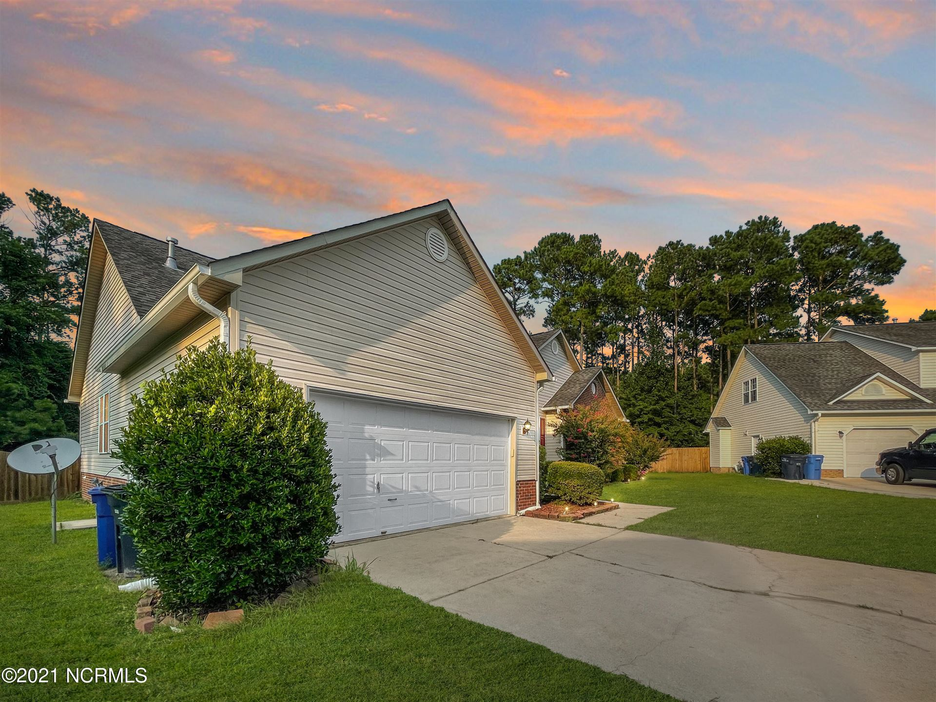 Photo of 312 Burning Tree Lane, Jacksonville, NC 28546 (MLS # 100282544)